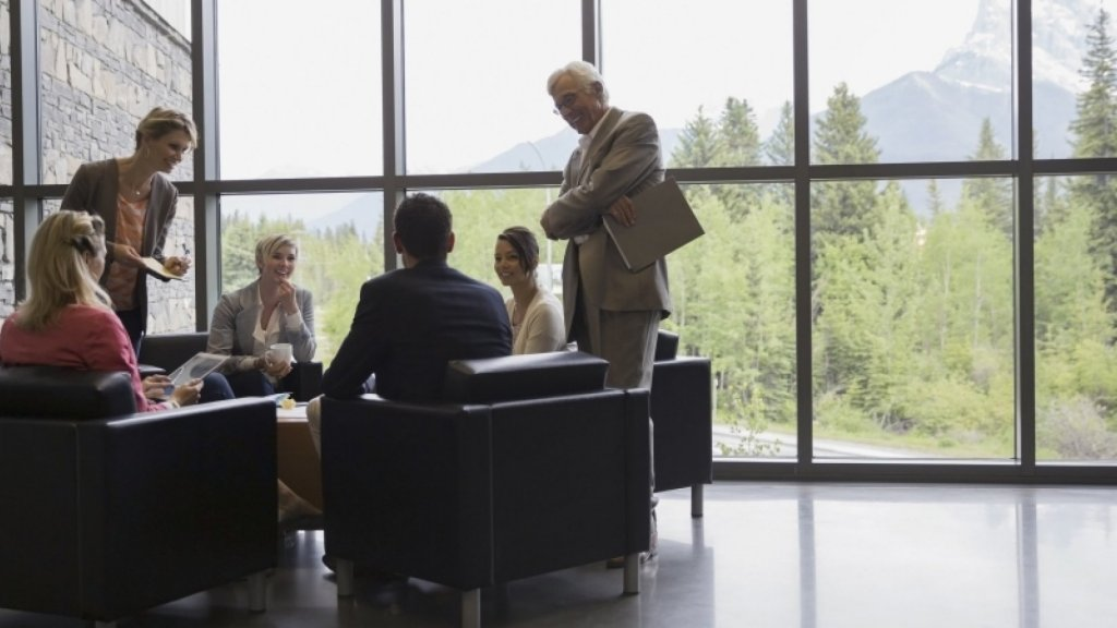 16 Tips for Running More Effective Meetings