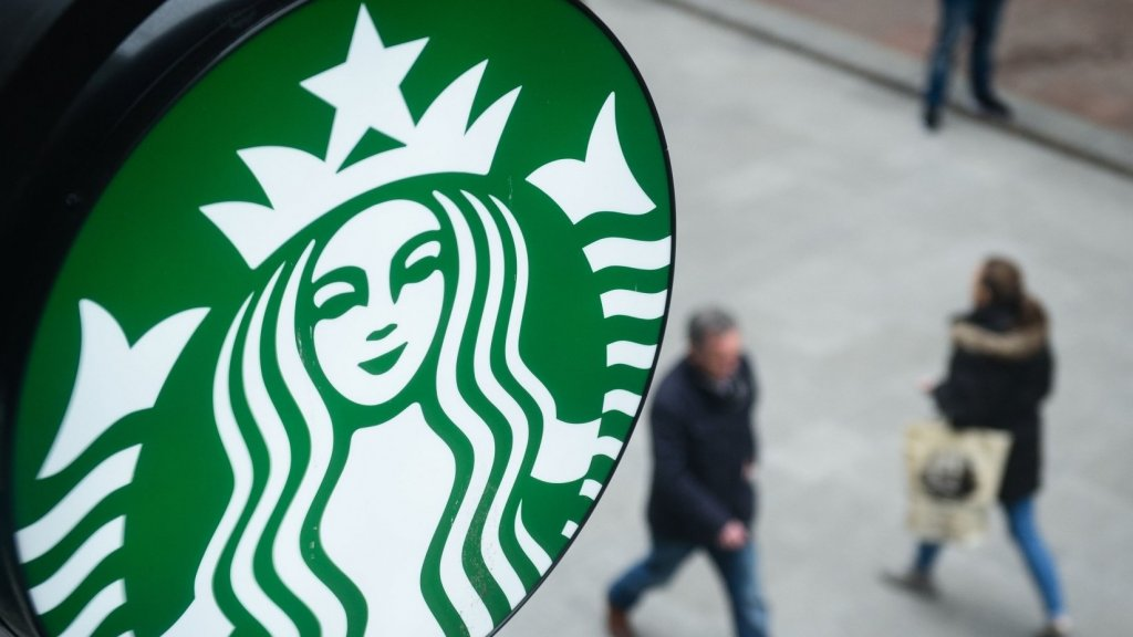 Fake Starbucks Ad Tries to Lure the Undocumented With Discounted Coffee