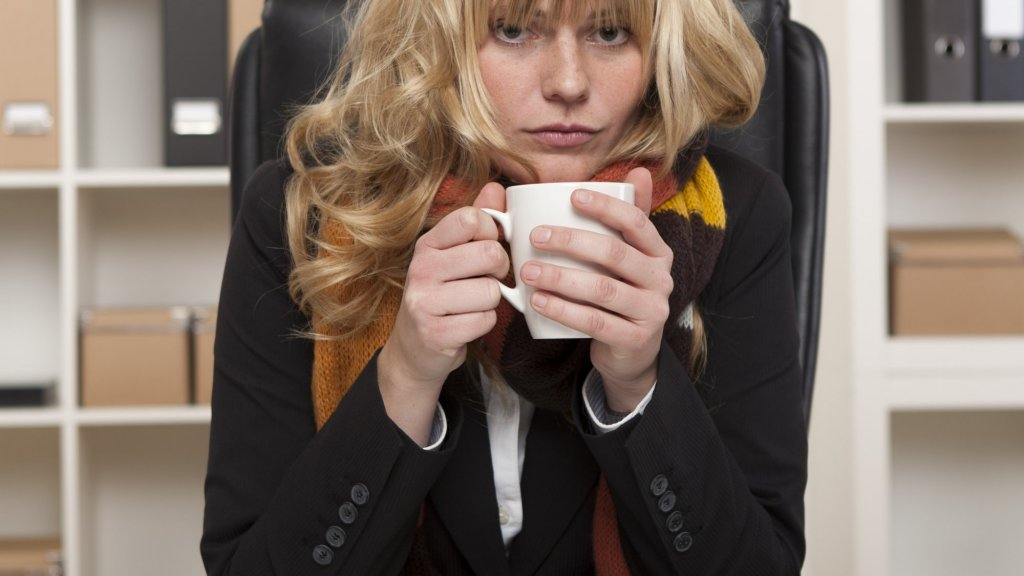 6 Tips for Beating the Office Winter Blues