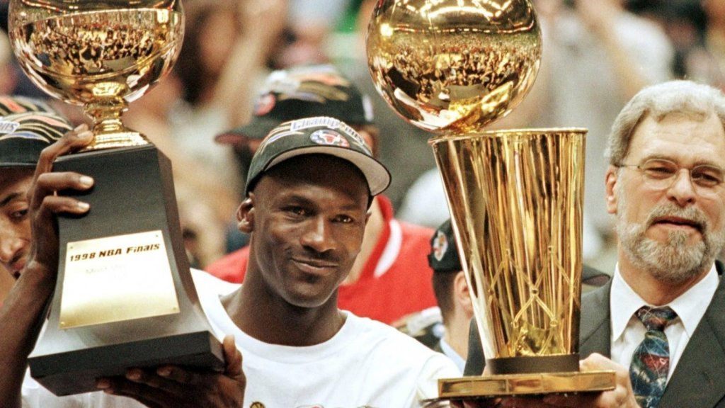 8 Entrepreneurial Lessons from Michael Jordan in 'The Last Dance'