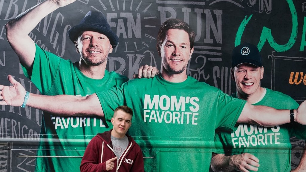 'Wahlburgers' Has Employee Problems