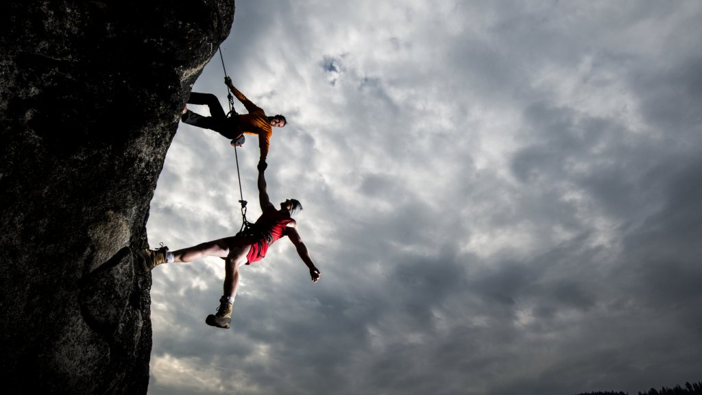 How Much Trust Can You Really Give? Ask These 8 Questions Before Deciding to Trust Someone