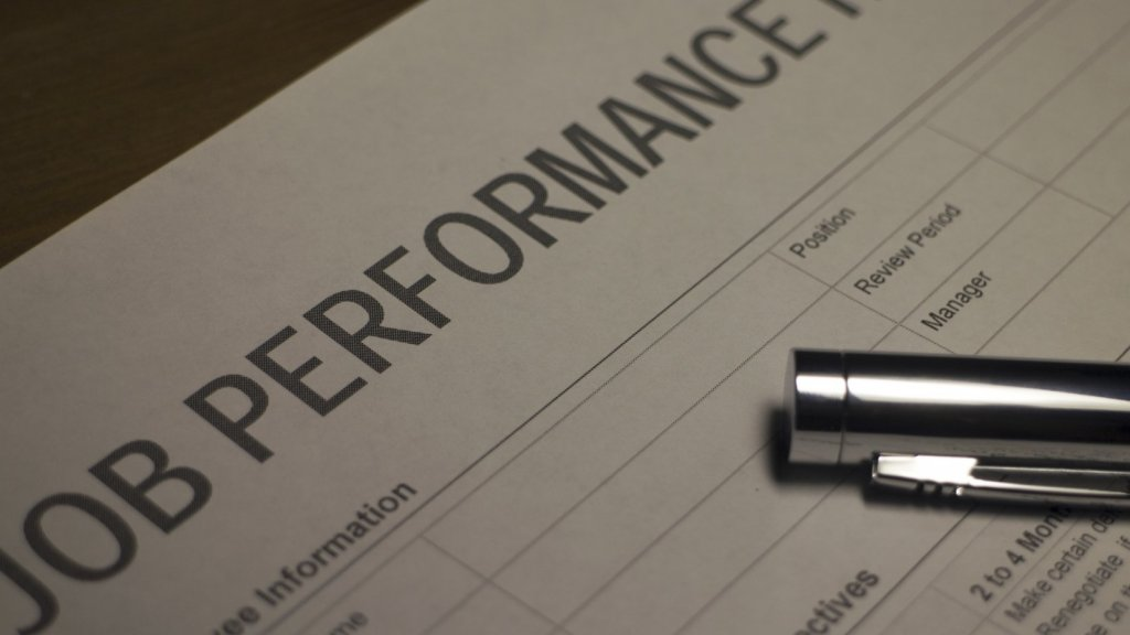 5 Ways Resilient People Bounce Back After a Bad Performance Review