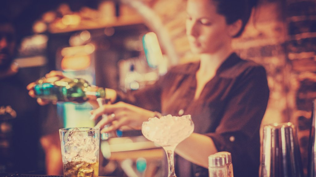 Why Female Bartenders Had One of the First Diversity Crises