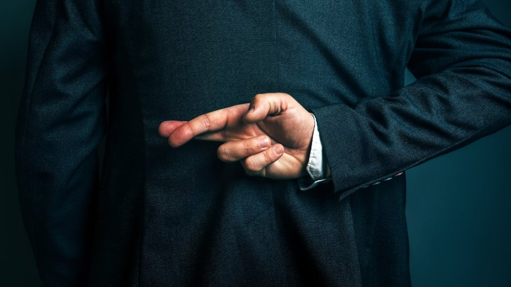 5 Disastrous Lies Your Sales Trainer Told You