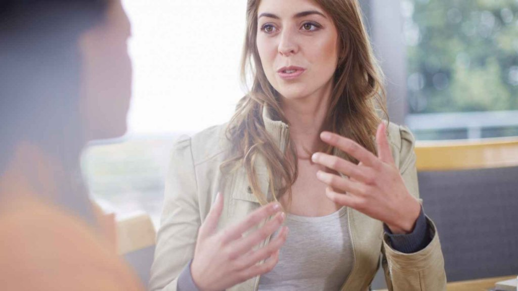 9 Smart Phrases to Use in Employee Evaluations