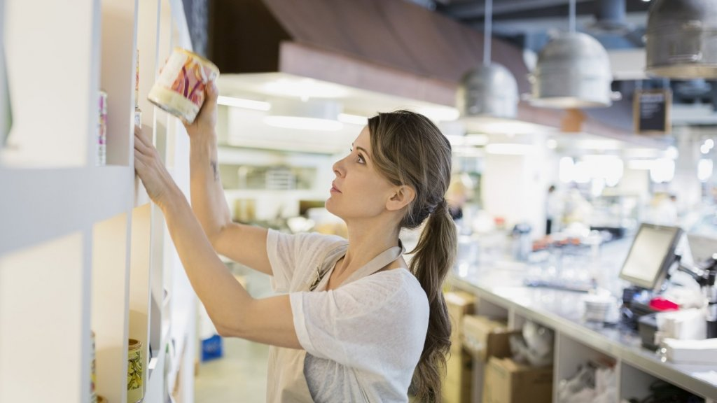 How Small Businesses Can Up the Ante to Attract Seasonal Workers