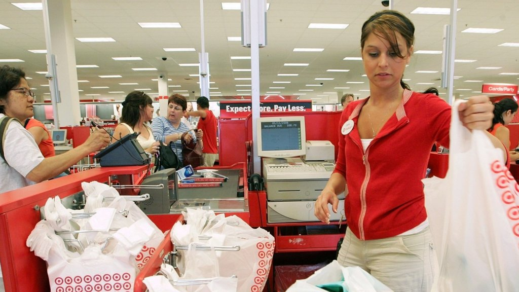 Here's How Target Plans to BeatAmazonThis Holiday Season. (It Starts With Hiring 130,000 Workers)