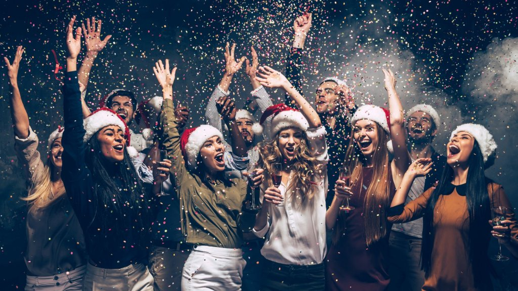 9 Corporate Holiday Party Ideas Your Employees Will Be Talking About for Weeks