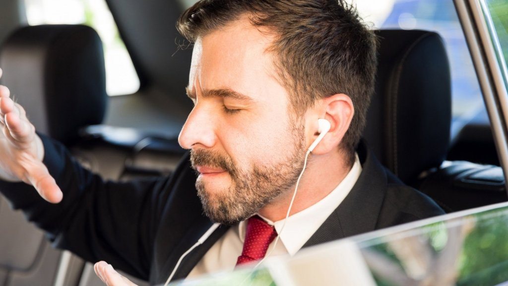 Entrepreneur Burnout? 6 Podcasts to Fast-Track Motivation