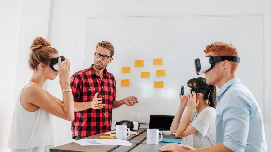 Virtual Reality Is a Content Game Changer: How to Decide if It's Right For Your Business