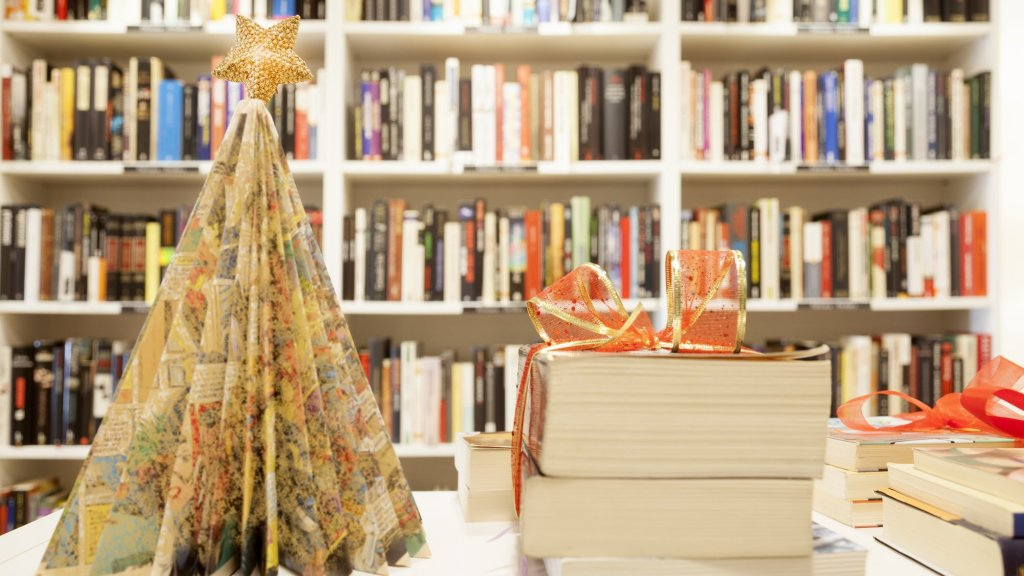 What to Get the Entrepreneurs in Your Life? These Books Will Inspire Them All Year Long