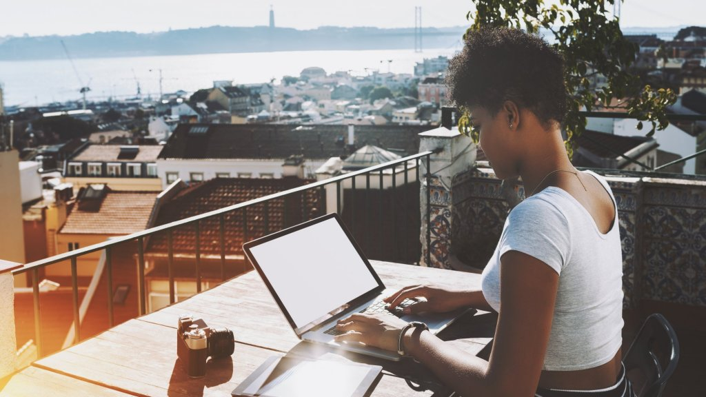 How to Persuade Freelancers to Work at Your Startup Full Time