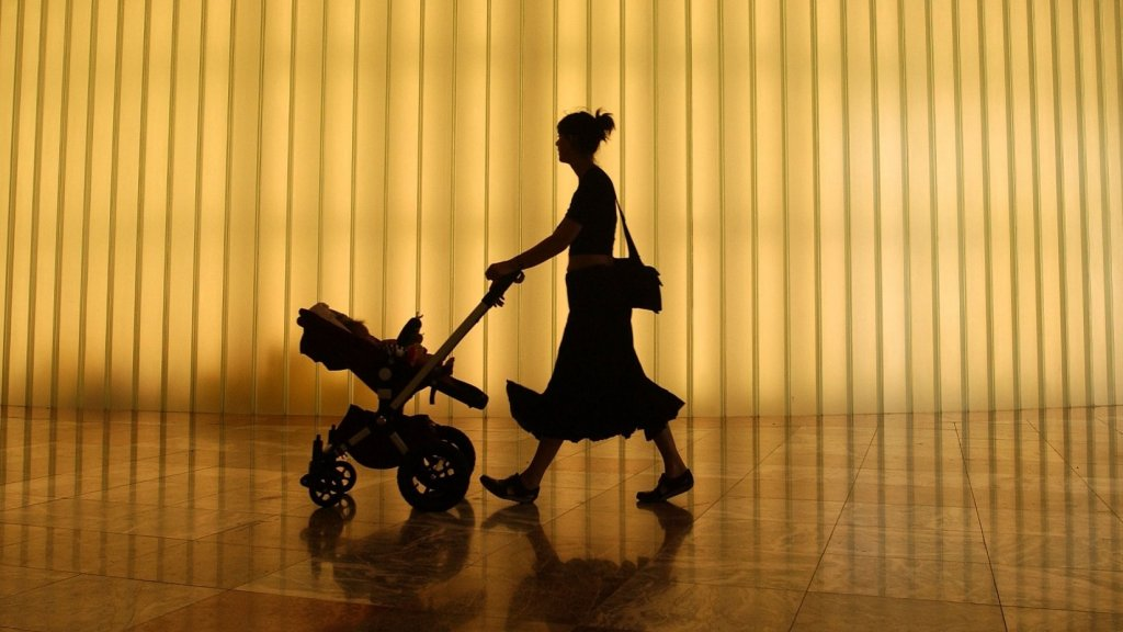 Startups Can Provide Paid Family Leave Without Sacrificing Productivity. Here's Why