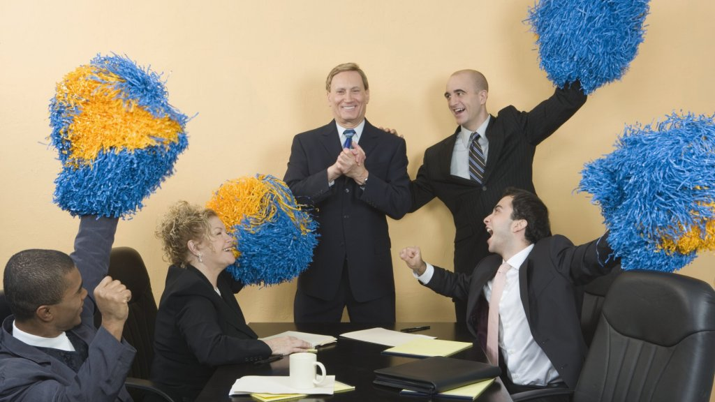 Your Feedback Isn't Working. Try These 3 Strategies to Boost Your Team's Morale and Performance