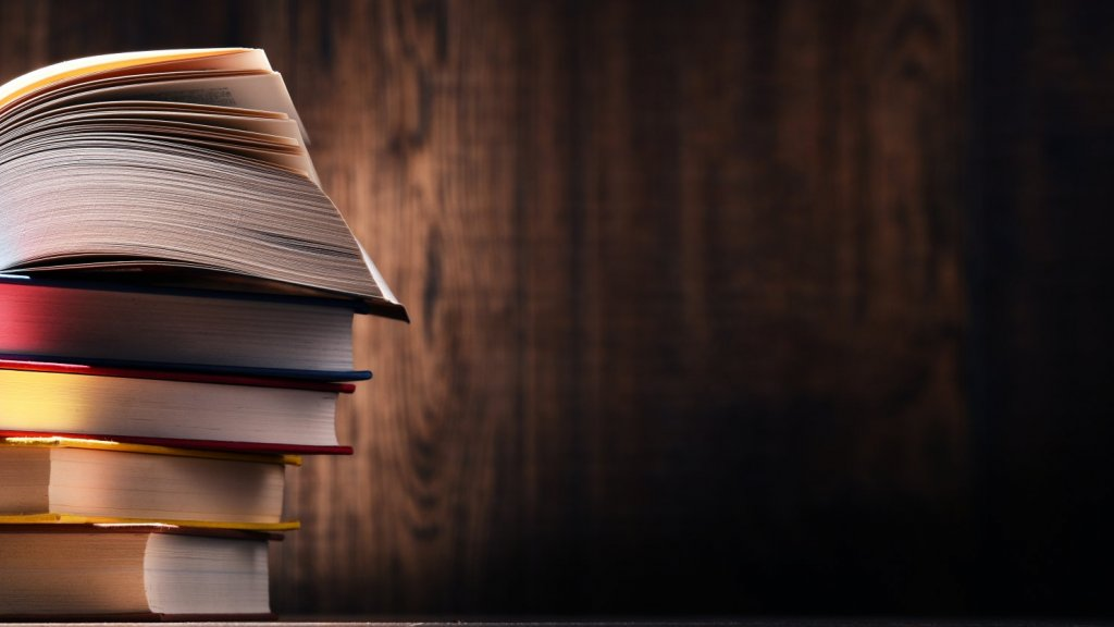 24 Books for Getting Ahead in Life