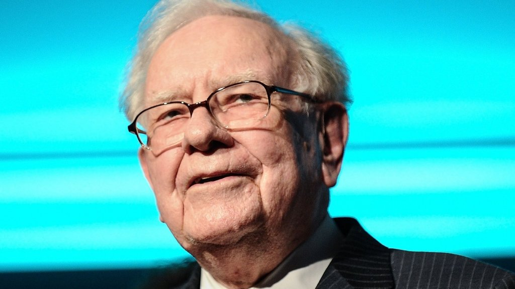 Warren Buffett Says If You Commit to This Daily Habit, It Will Make More Difference in Your Life