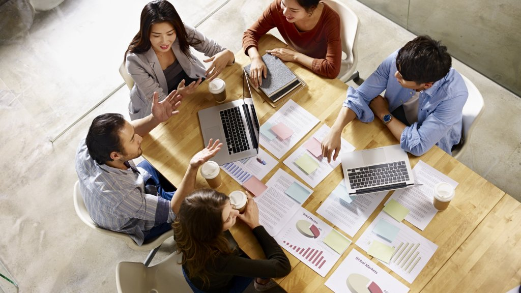 7 Things Your Successful Competitor Is Likely Doing With Their Sales Team, That You're Not