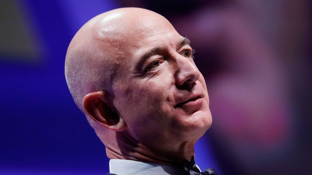 Jeff Bezos Just Revealed the Remarkably Powerful Mind Trick That Made Him a Multibillionaire