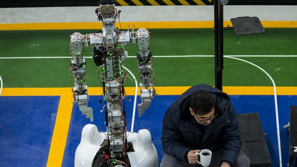 New Study: Automation Makes Workers So Anxious that They Get Sick