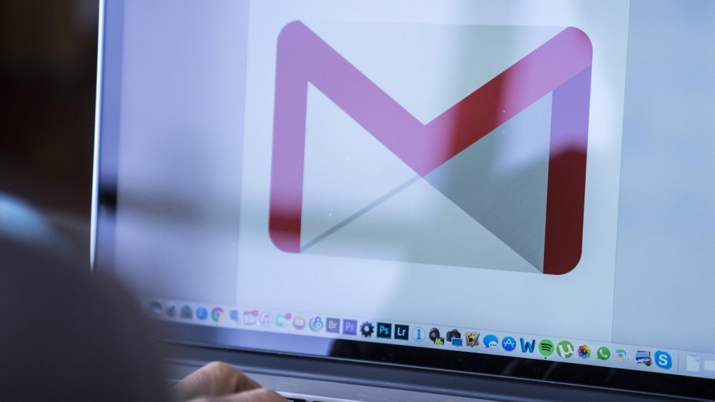 This New Gmail Update is Insane (Most People Don't Realize It's Just a Click Away)