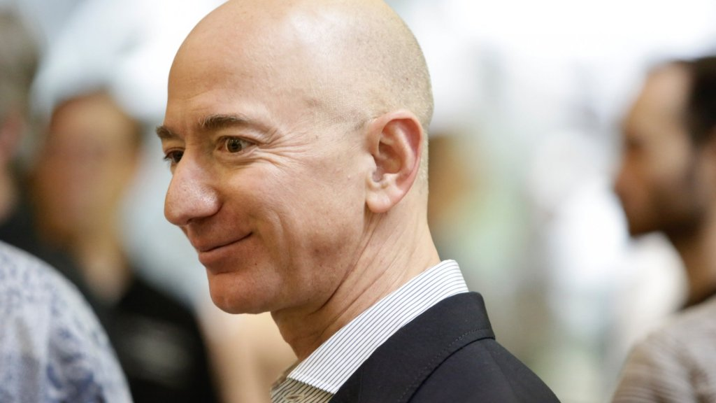 It Took Jeff Bezos Exactly 5 Words to Teach a Major Lesson in Emotional Intelligence
