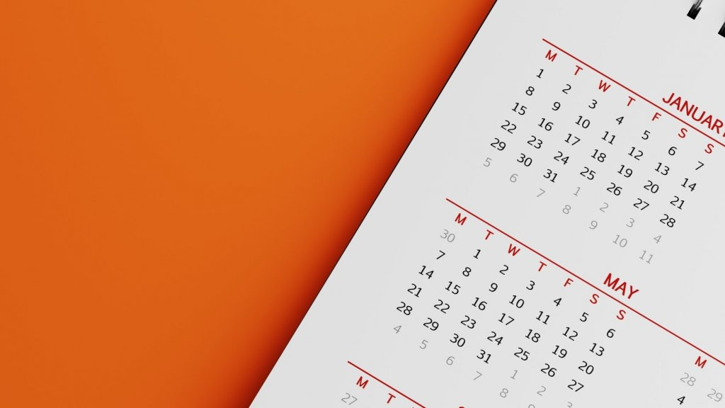 Putting These 6 Habits Into Place Today Will Help You Achieve Your Year-End Goals