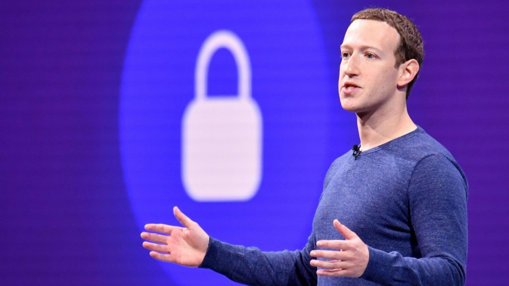 Want to Make Facebook Stop Tracking Your Location When Not in Use? Here's How