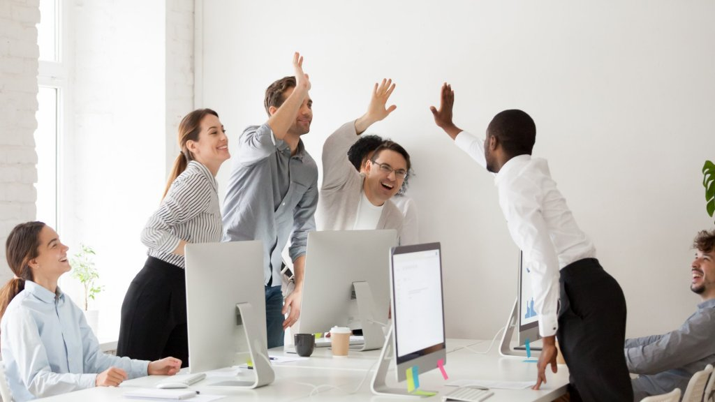 3 Things Only Exceptional Leaders Do to Inspire Great Teamwork