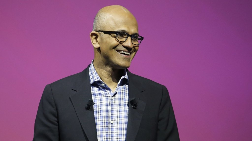 This 5-Second Morning Ritual Sets Satya Nadella Up for All-Day Success