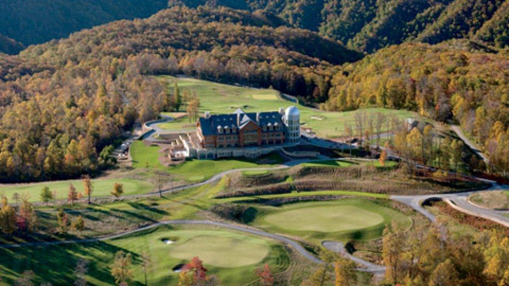 <b>Uphill Lie </b>Primland's golf course sits 3,000 feet above sea level.