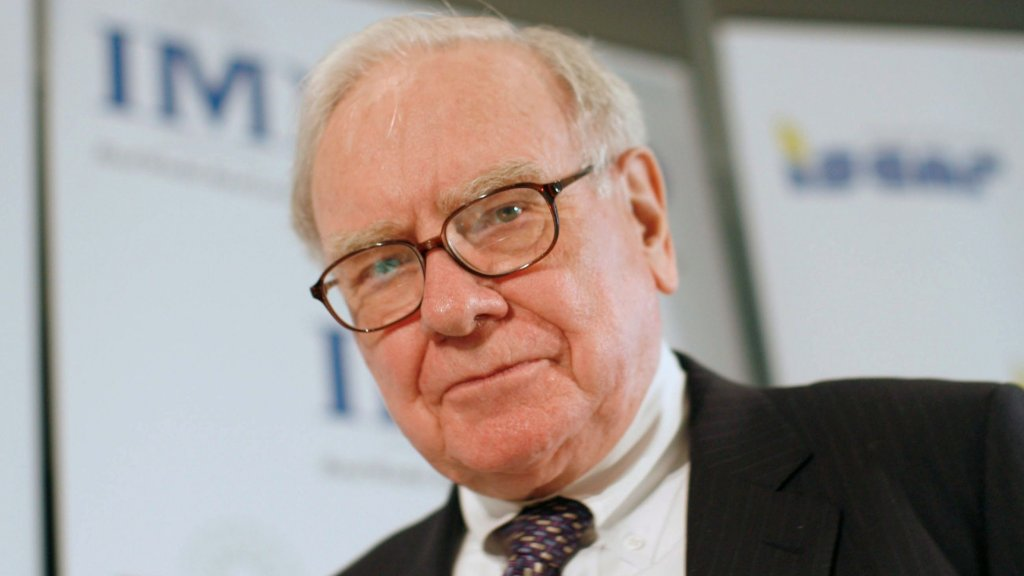 Warren Buffett Says Your Life Is a Disaster Without This Principle
