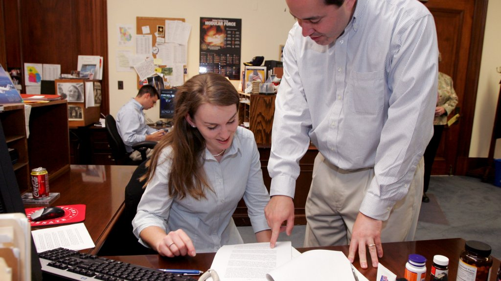 8 Tips for Hiring and Managing Interns