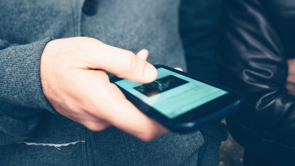 Making the Mobile Shopping Experience Smarter