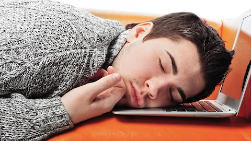 Sleep Deprivation: Just as Bad for Performance as Alcohol