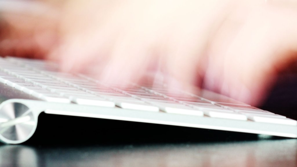 7 Tips for Emailing Extraordinarily Busy People