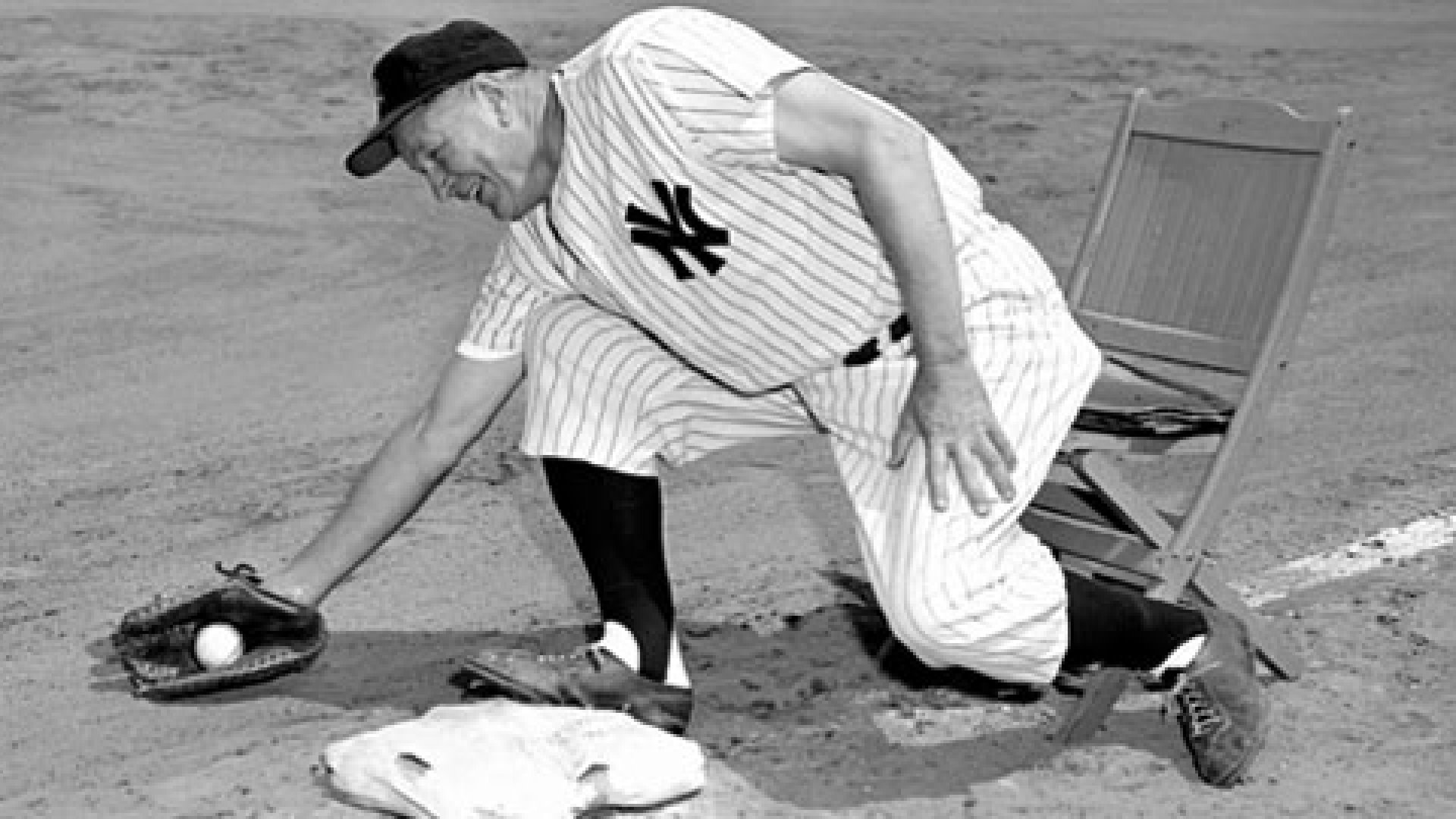 Wally Pipp played first base for the Yankees from 1915 to 1925.