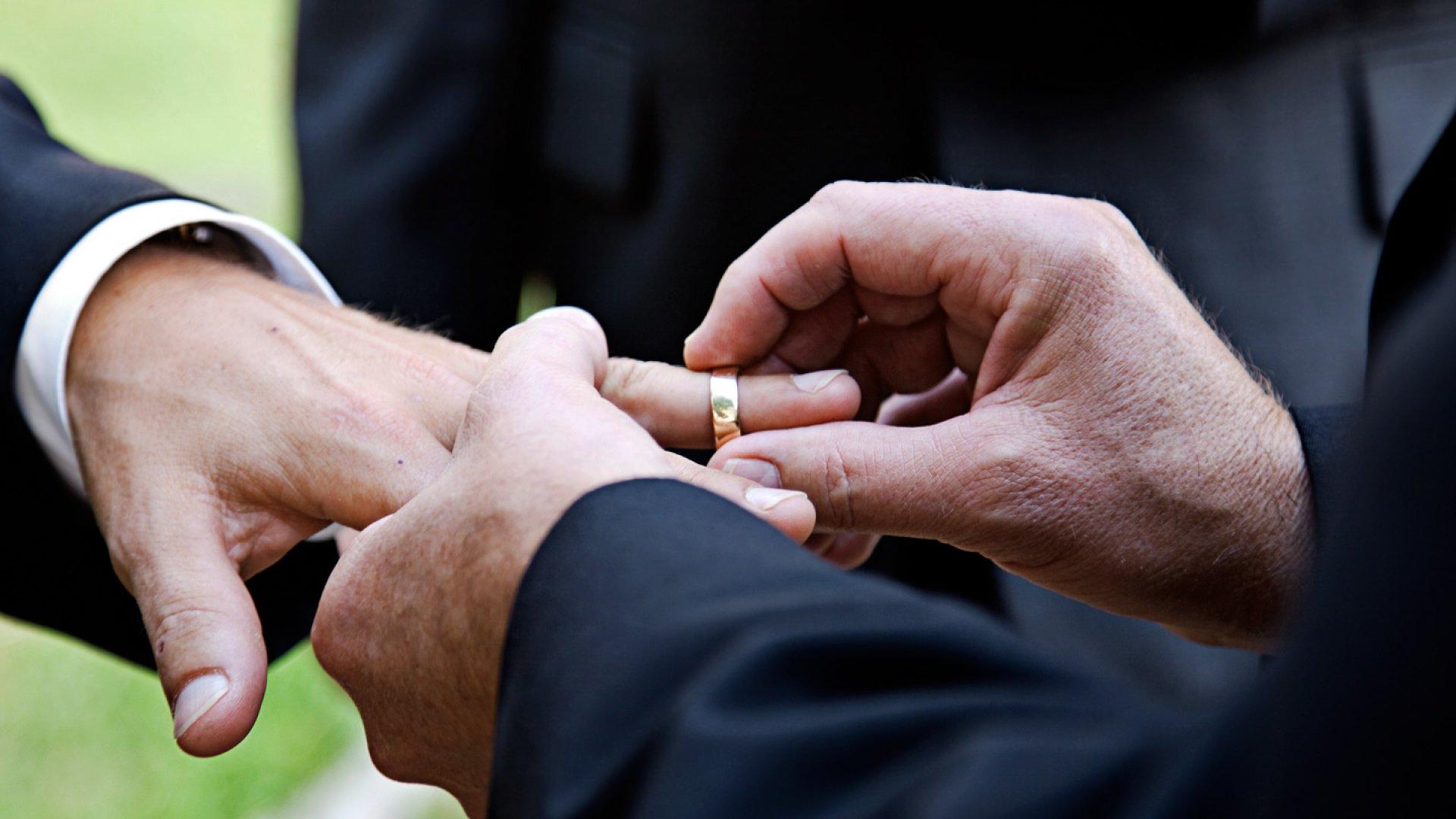 Shifting Opinion Indicator: Companies Backing Gay Marriage