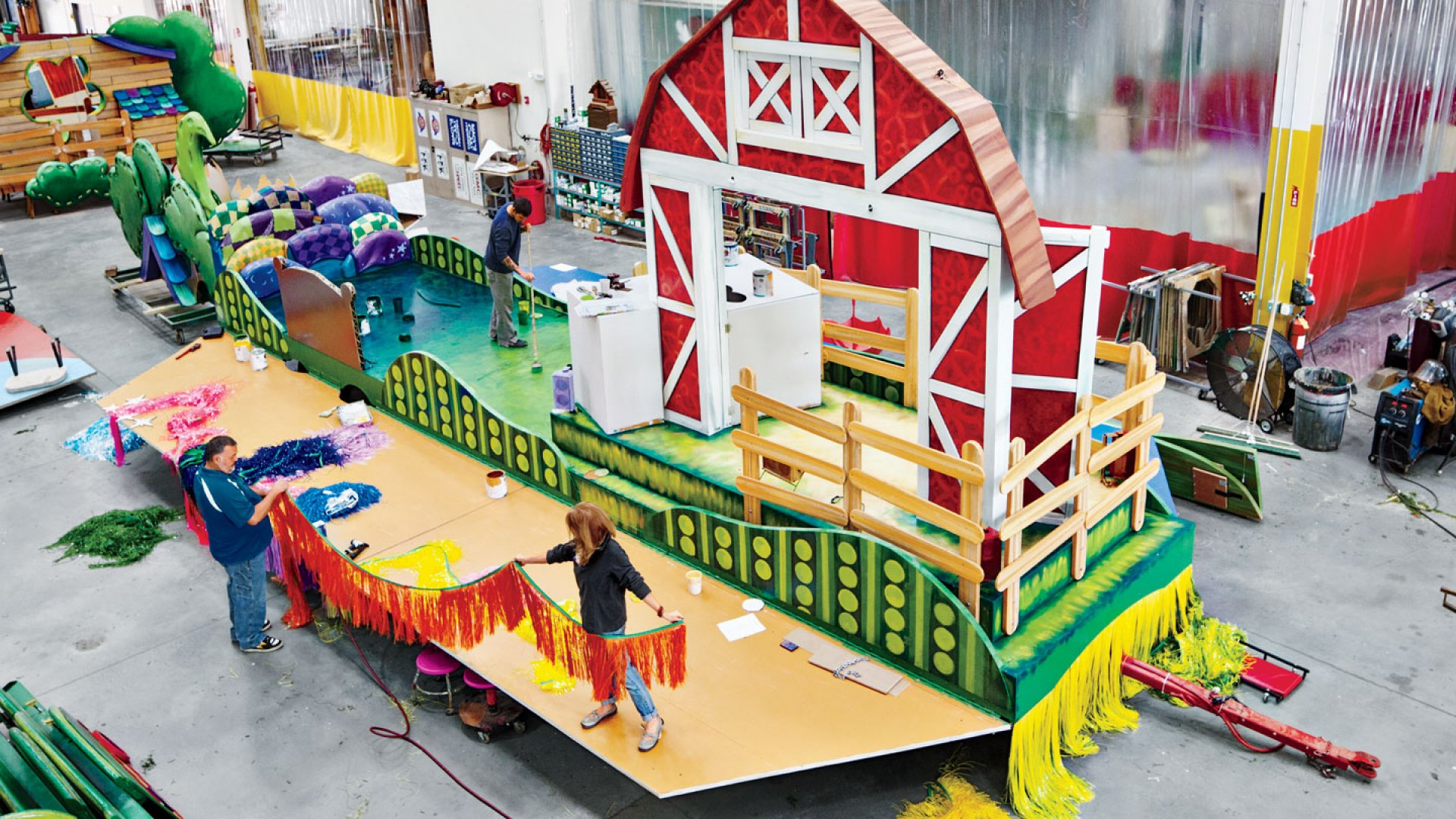 <b>Fringe Fest</b>: Artists at the Macy's studio assemble a float for Sprout, the preschool cable channel set to make its Thanksgiving Day parade debut this year.
