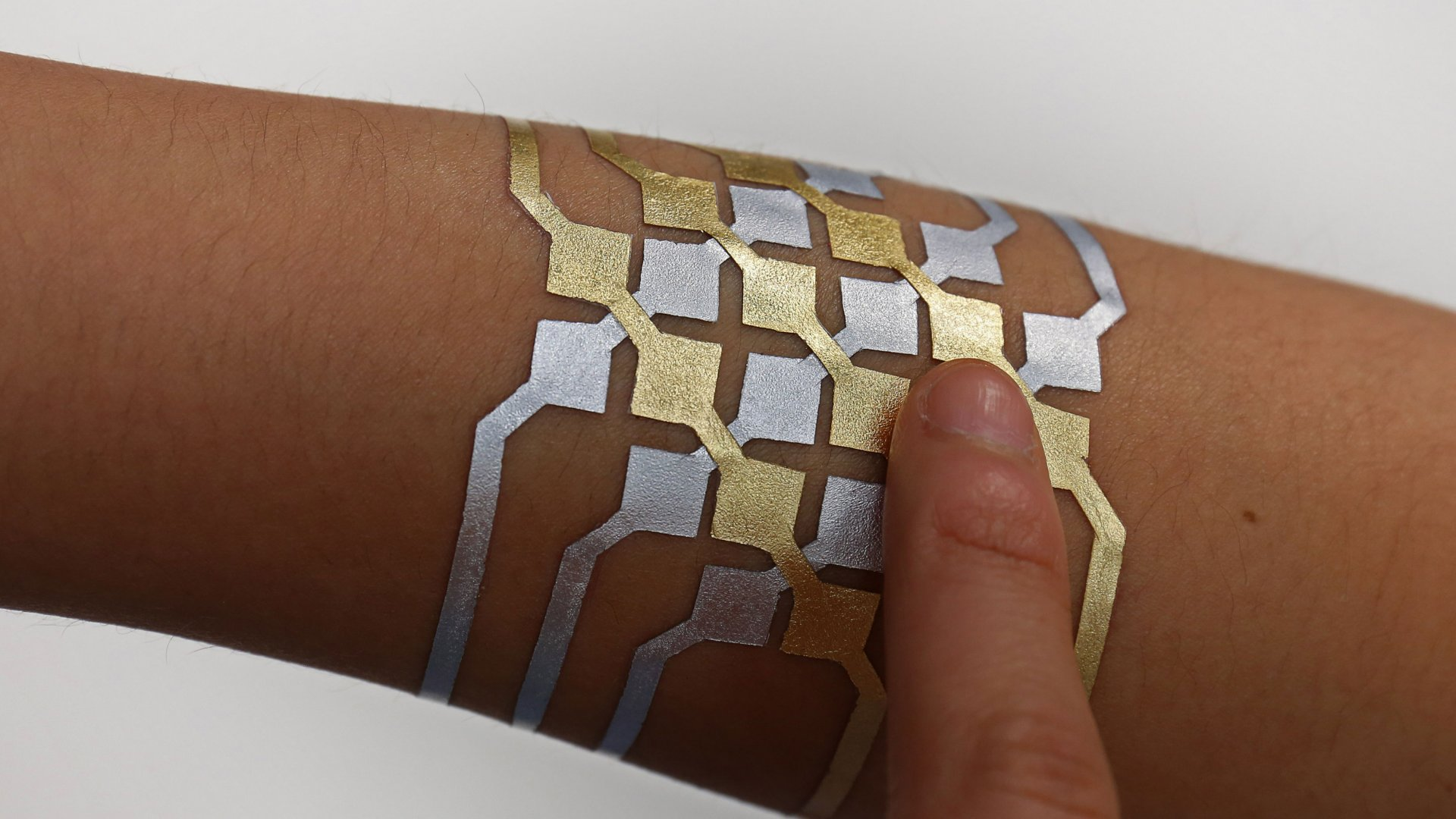 These Temporary Tattoos Turn Your Skin Into a Touchpad