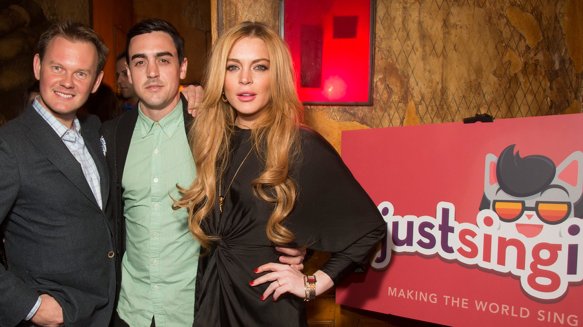 Selfies With Lindsay Lohan and the State of Tech