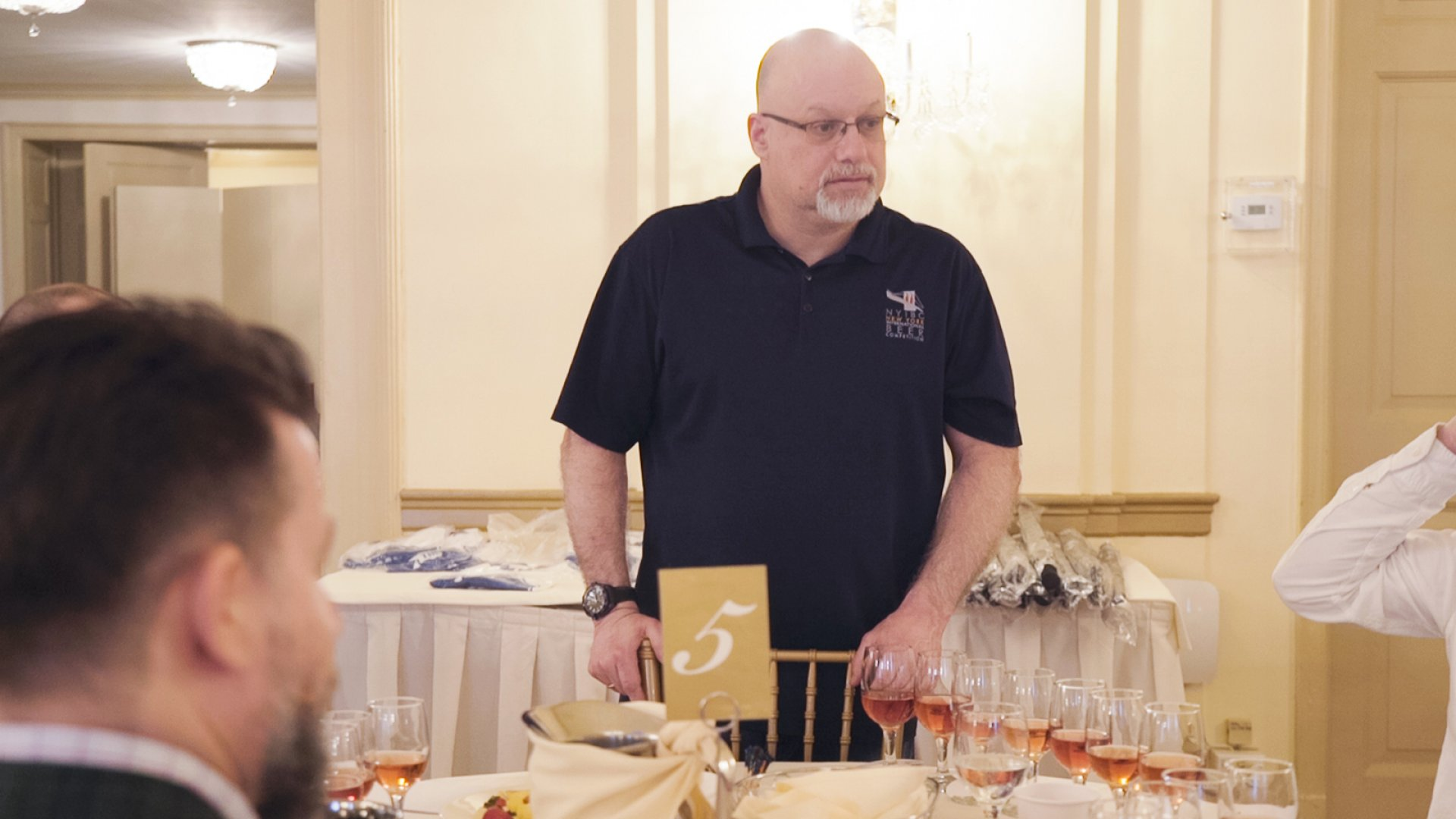 Adam Levy, founder and CEO of International Beverage Competitions, addresses a group of judges at the May 2018 New York International Wine Competition.