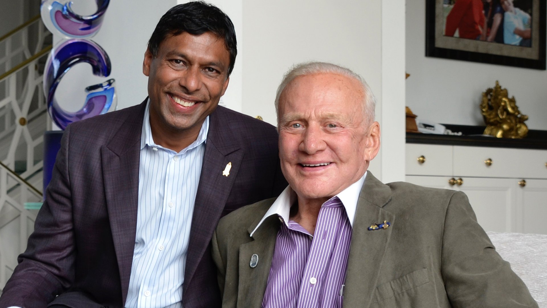 Moon Express founder and CEO Naveen Jain (left) with lunar astronaut Buzz Aldrin.
