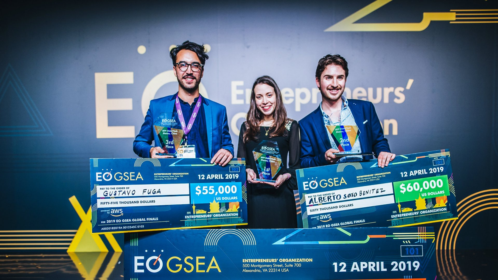 Alberto Soto Benítez (right) received a cash prize as first runner-up at the 2019 Entrepreneurs' Organization GSEA Global Finals, as did finalists Daniela Blanco and Gustavo Fuga.