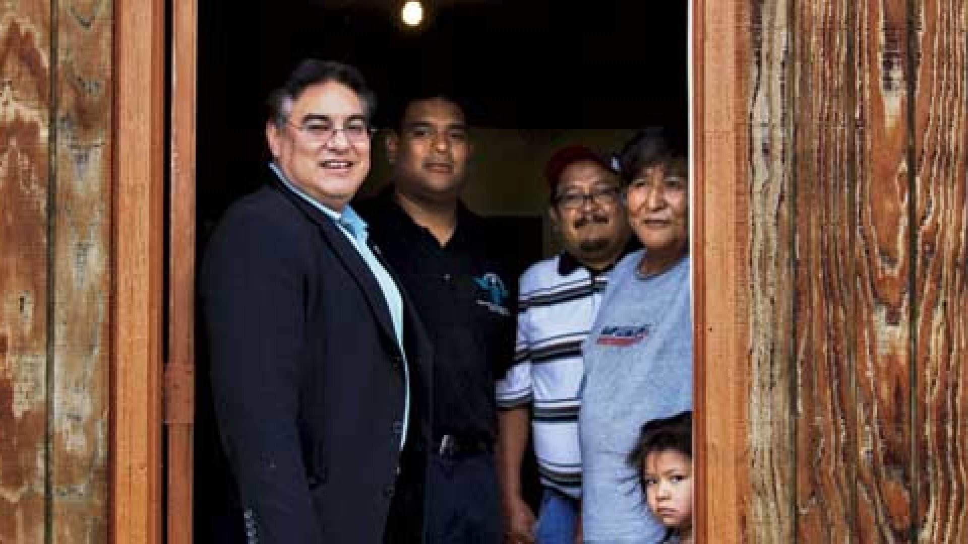 Thanks to Dave Melton, families like the Gordos, who live off the grid on the Navajo reservation in New Mexico, now have electricity.