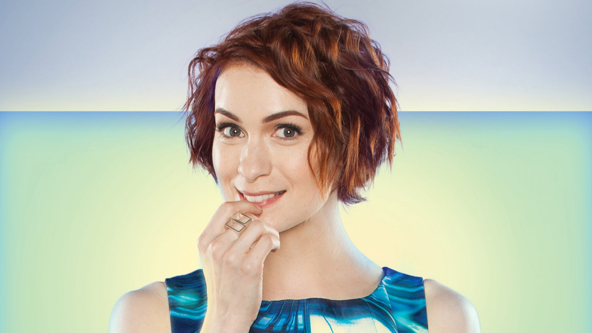 Felicia Day photo gallery - high quality pics of Felicia