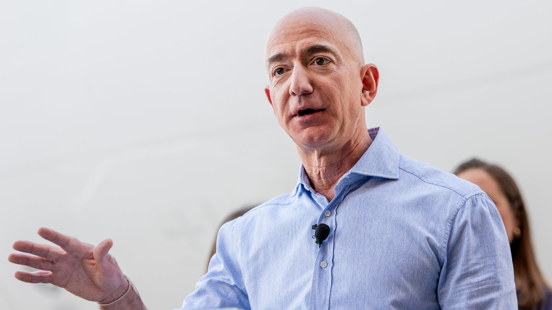 Jeff Bezos Uses the 'Disagree and Commit' Rule to Overcome an Uncomfortable Truth About Teamwork