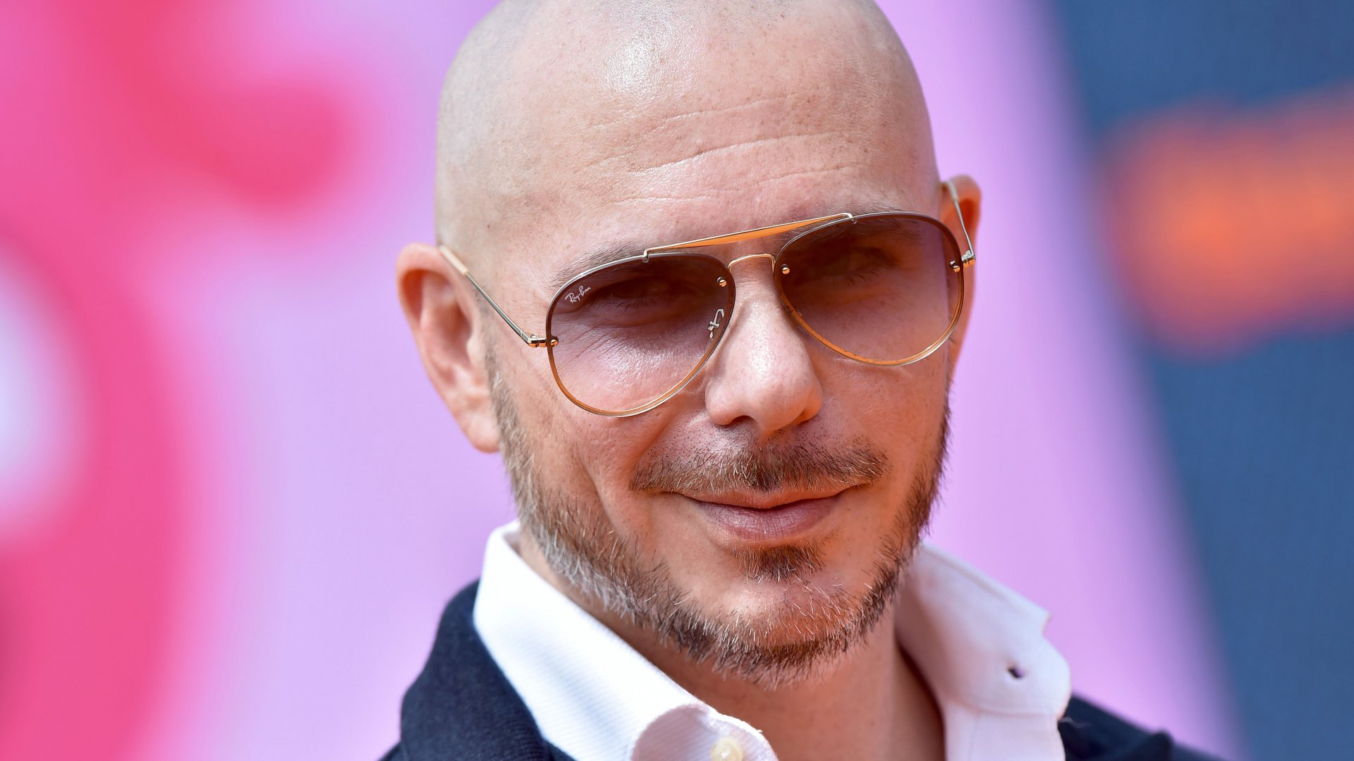Pitbull Steps Up for Latino Business Owners