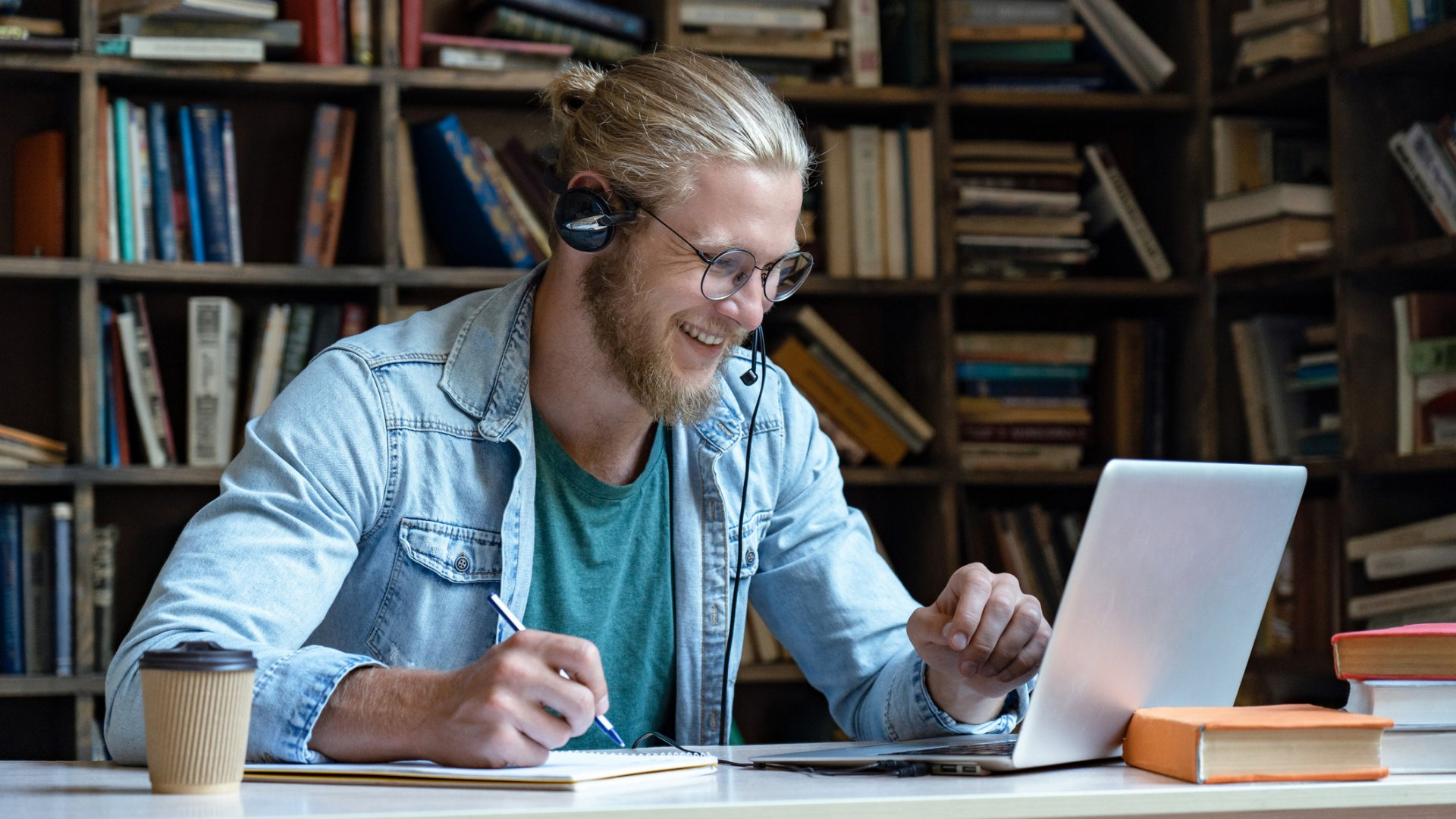 Language learning via live television is the latest e-learning trend to take hold.