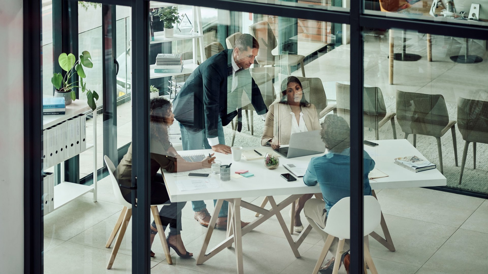 Three Ways to Have Difficult Conversations With Your Team